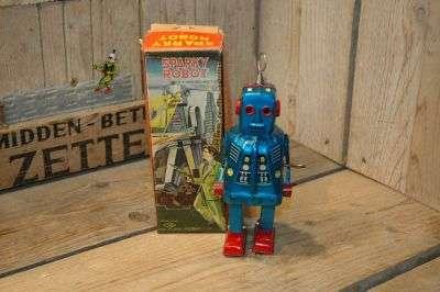 KO Yoshiya - Sparky Robot