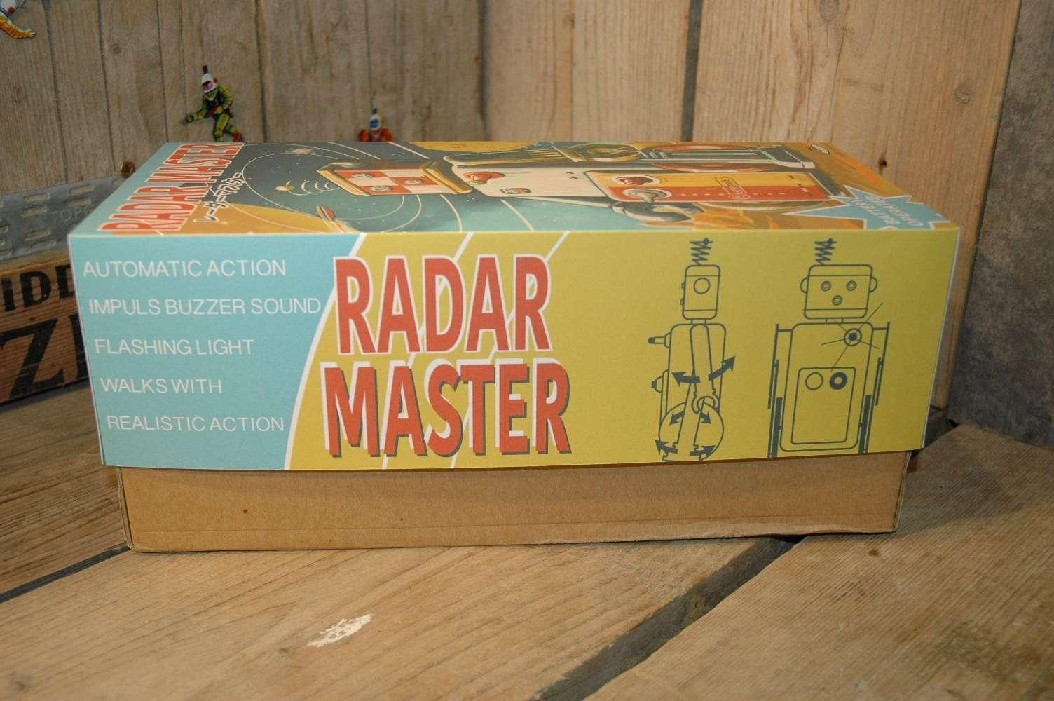 VST - Radar Master Robot. ( Number 2 of 3 )