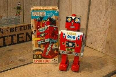Daiya - Laser 008 Robot