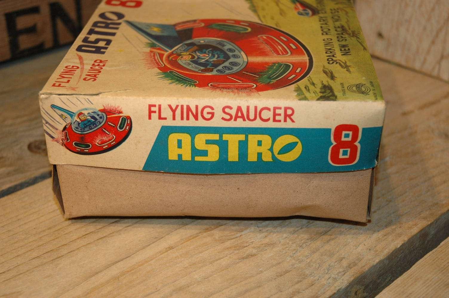 Marubishi - Astro 8 Flying Saucer