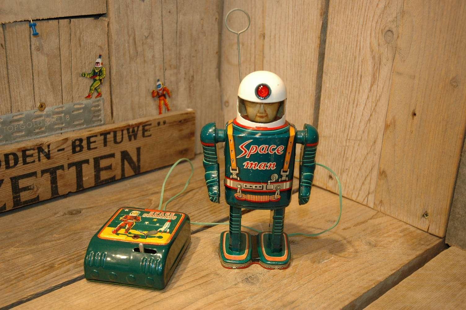 Modern Toys - Space Man