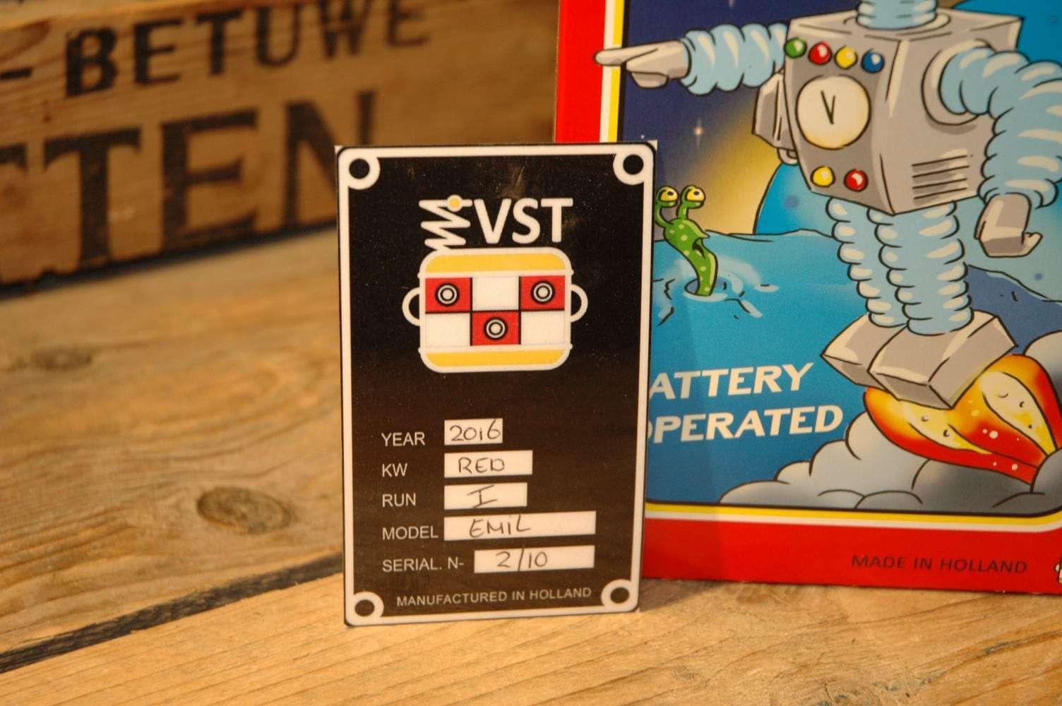 Roboter Emil 3D Printed  Red Variation