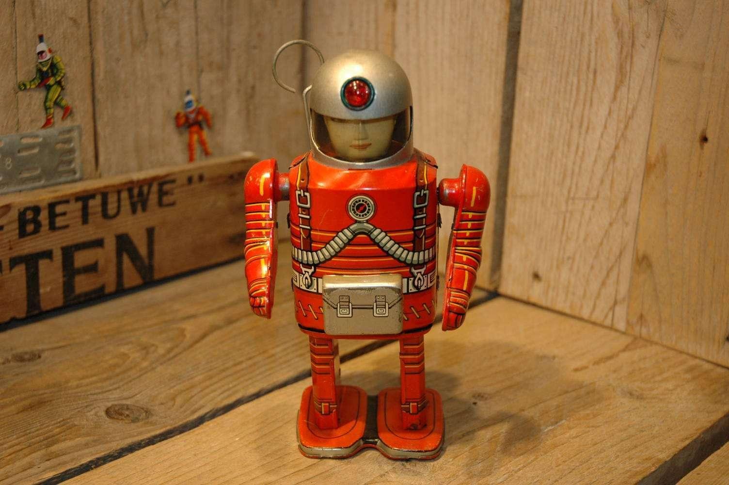 Modern Toys - Spaceman