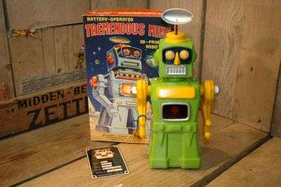 VST - Tremendous Mike 3D Printed Robot Green Variation