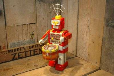 vst - drumming mike robot
