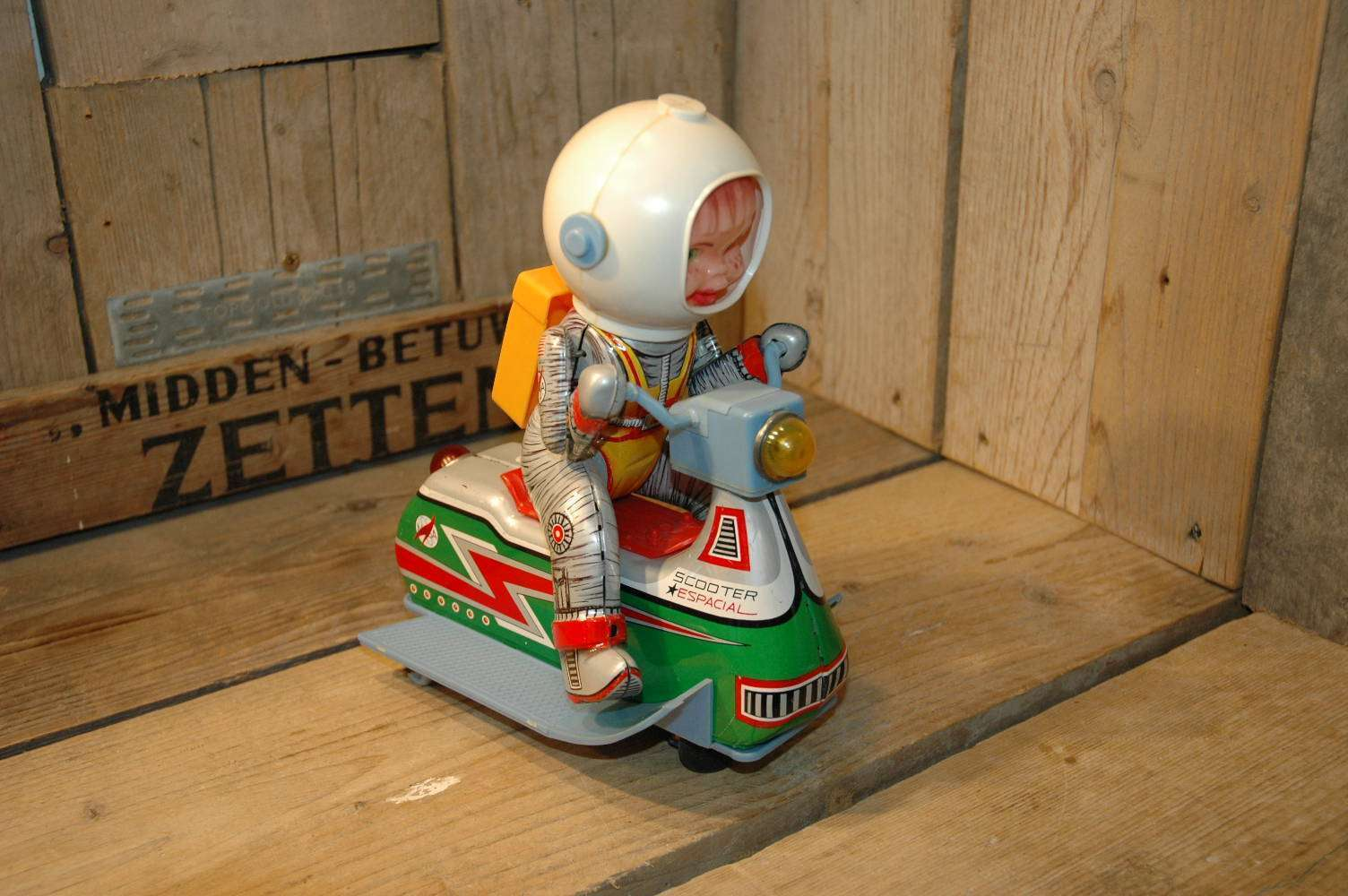 EGE - Scooter Espacial ( Space Scooter )