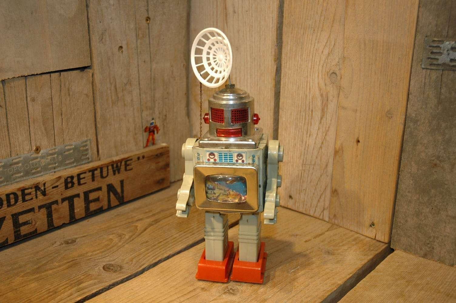 Estrela - Robocom Robot