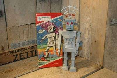 August Knoch - Roboter 700 original box