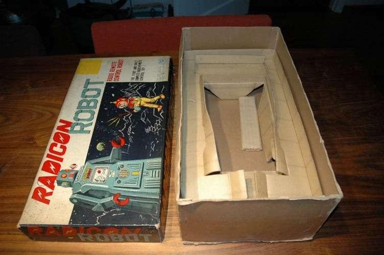 Modern Toys - Radicon Robot Box