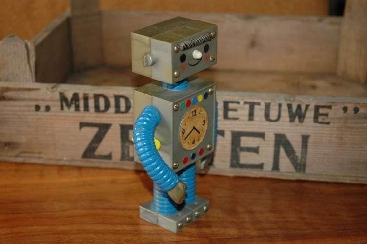 Goebel - Roboter Emil
