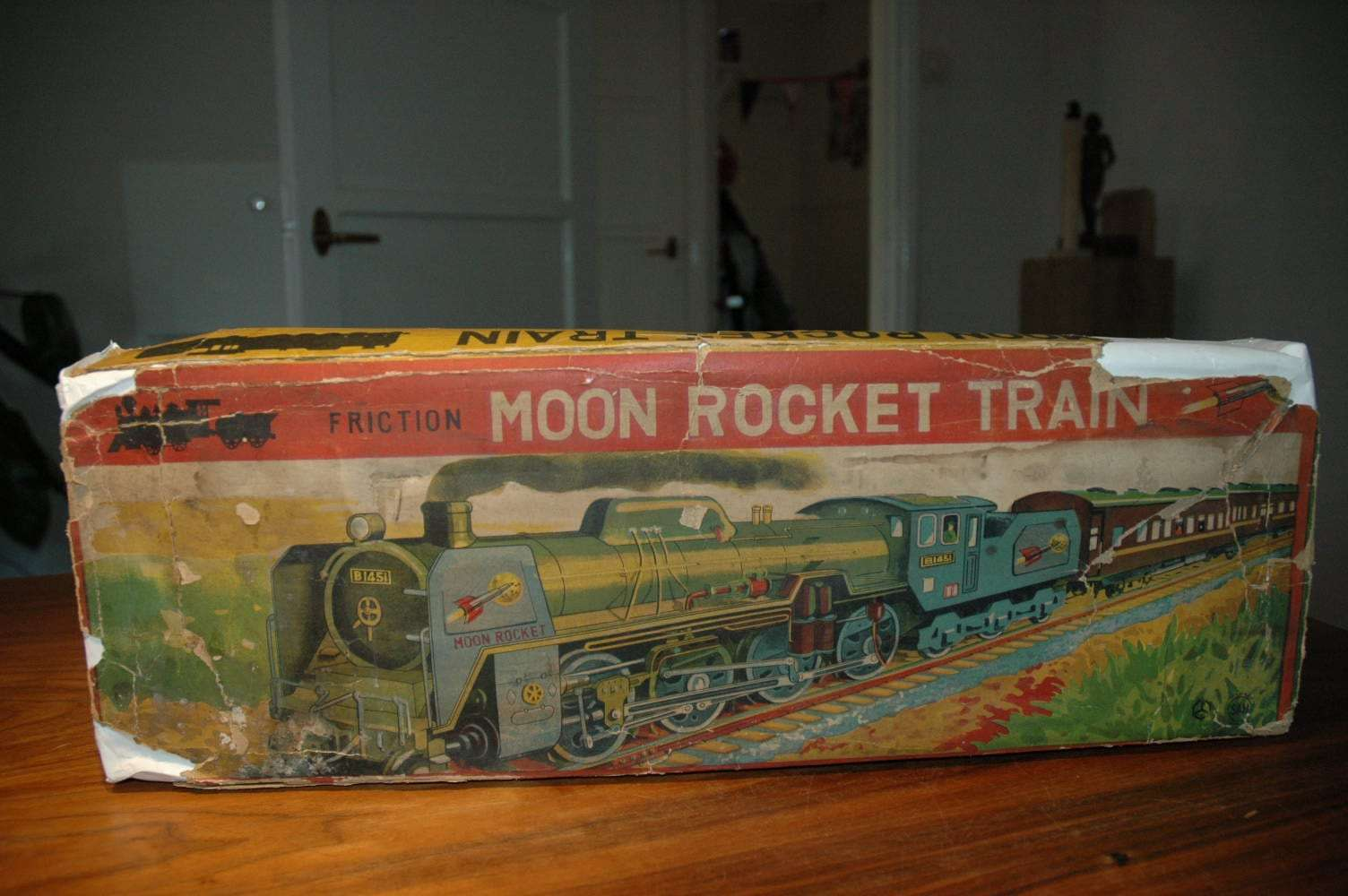 Marusan - Moon Rocket Space Train