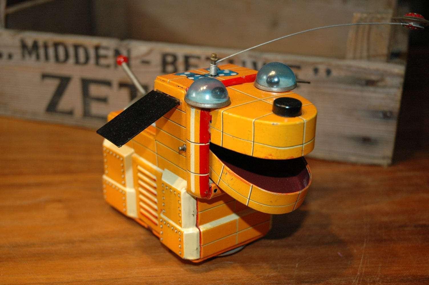 Yoshiya - Magic Space Dog