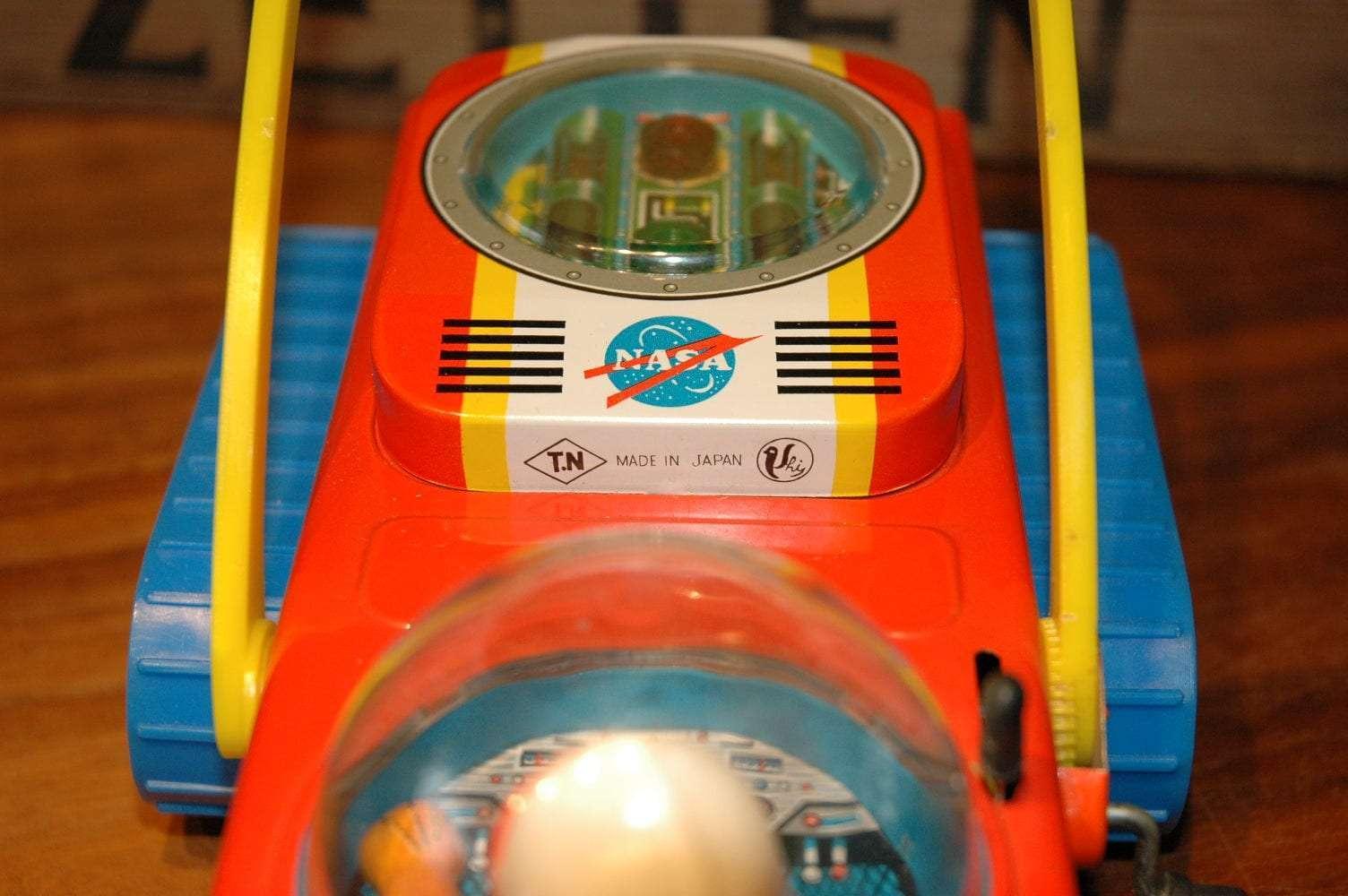 Nomura - Lunar Bulldozer