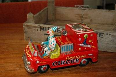 Exelo - American Circus Television Space Car
