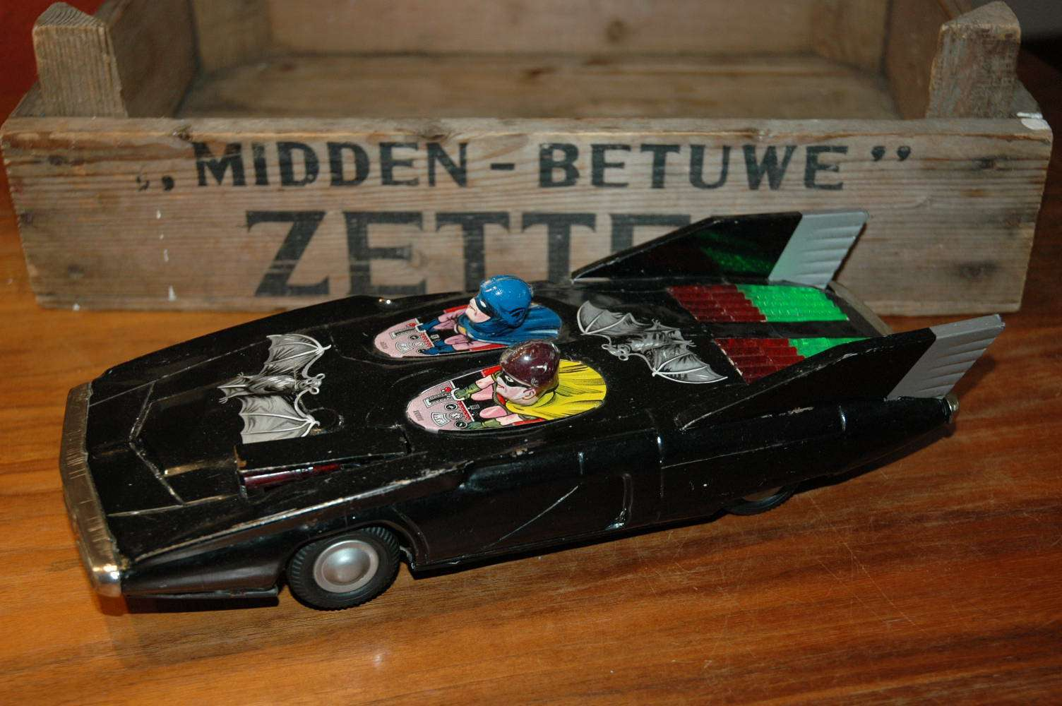 Alps - Firebird Batmobile with Batman and Robin
