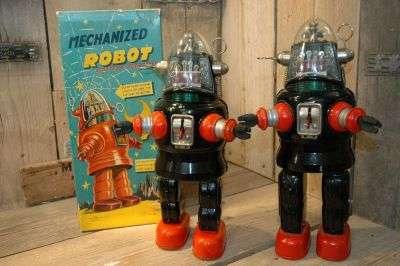 Nomura - Mechanized Robby Robot C-Cell Black