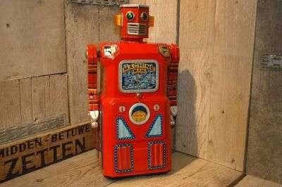 Modern Toys - Giant Machine Man