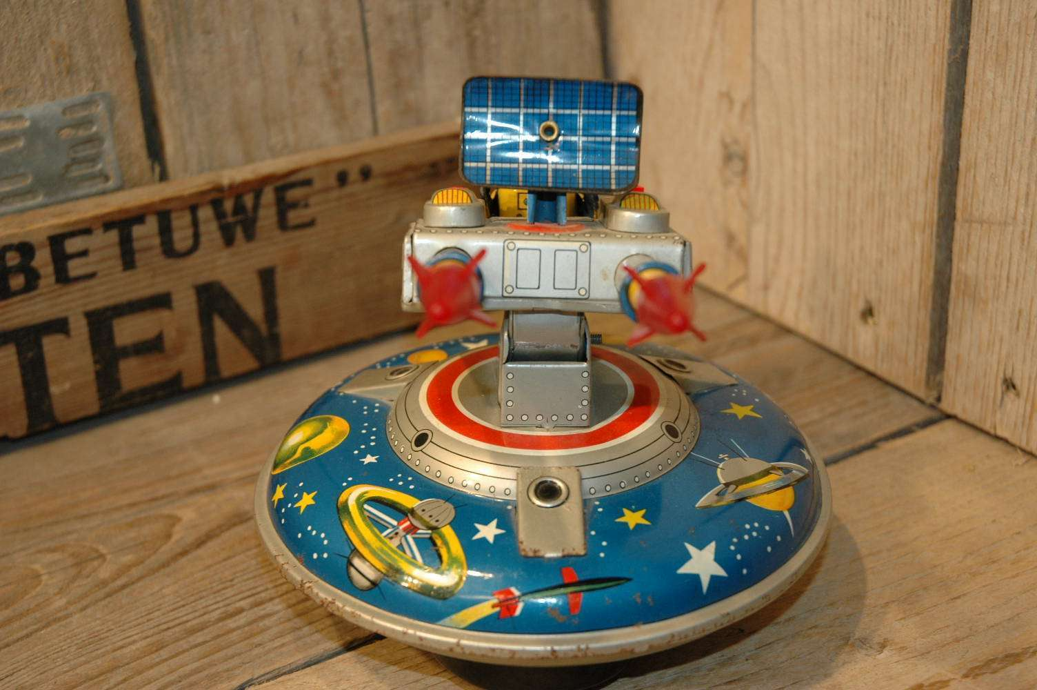 ASC - Flying Space Saucer