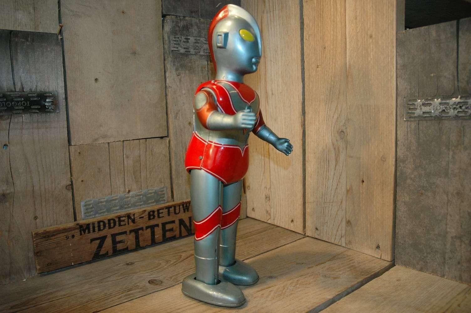 Bullmark - Ultraman Jack - Vintage Spacetoys