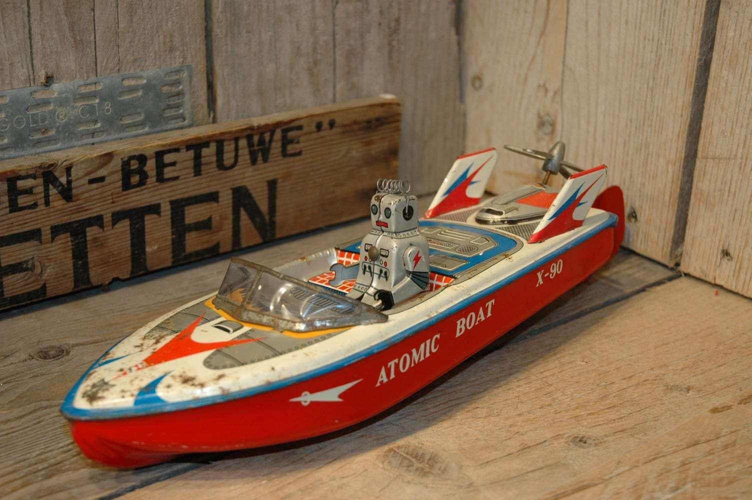 ET - Atomic Boat X-90