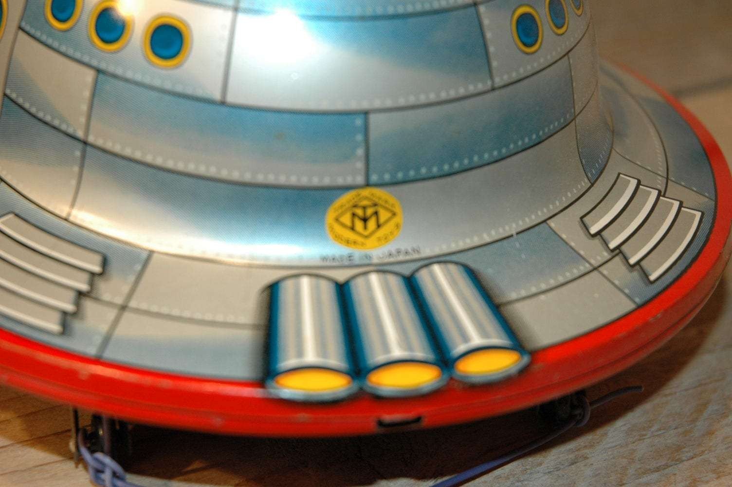 Modern Toys - Satellite X-11 Flying Saucer