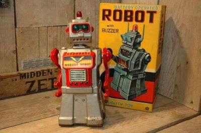 Yonezawa - Buzzer Robot.