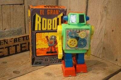 Puky - El Gran Robot