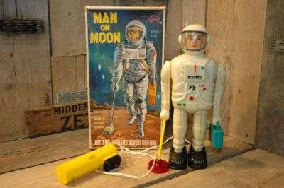 Osmo Hong Kong - Man on Moon