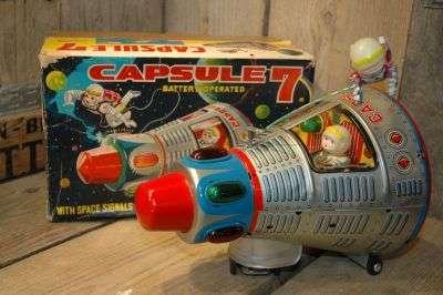 Modern Toys - Capsule 7