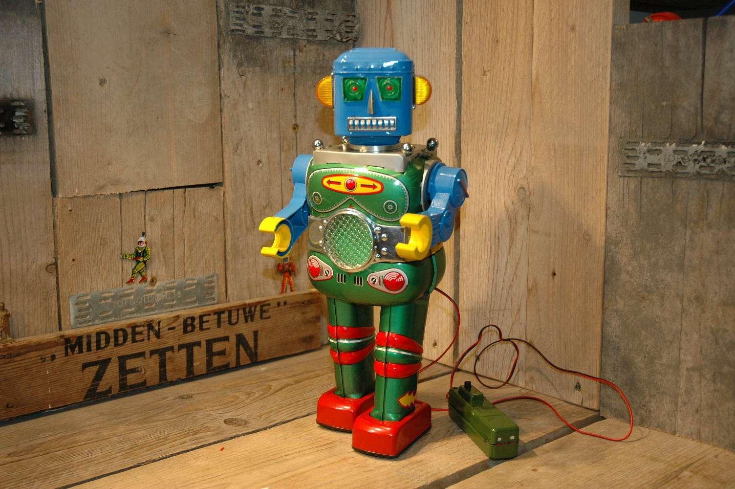 VST - Atomic Rubic Man