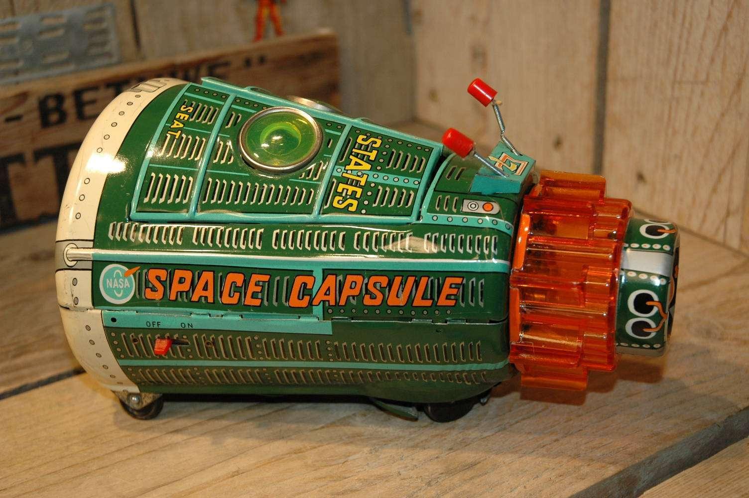 Horikawa - New Space Capsule ( Green Variation )