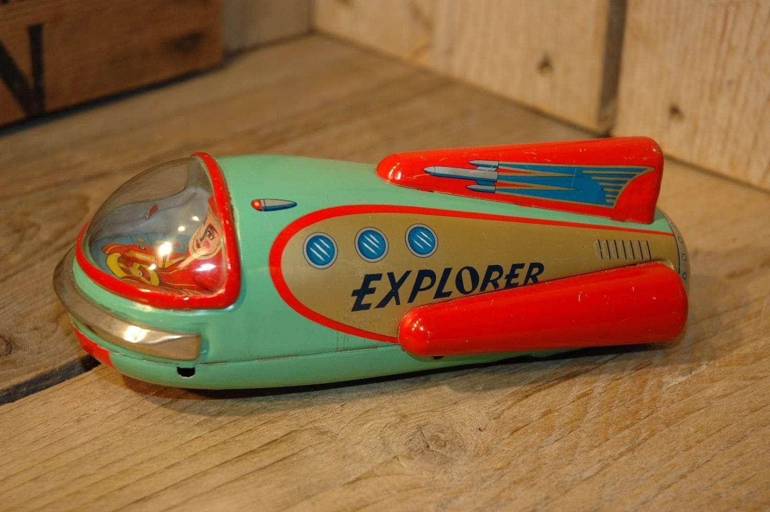 Modern Toys - Explorer