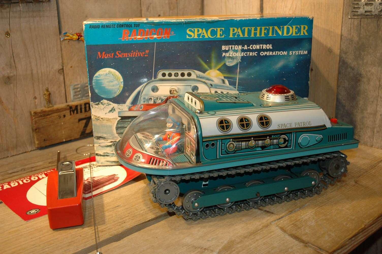 Modern Toys - Radicon Space Pathfinder