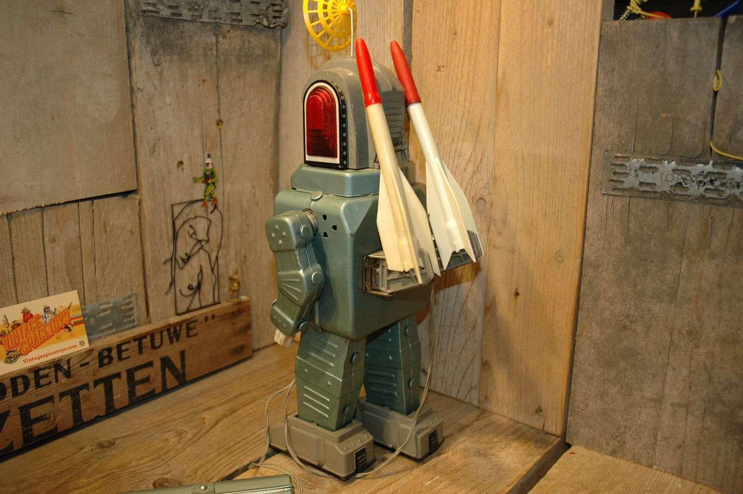 Alps - Rocketman in Space Armor