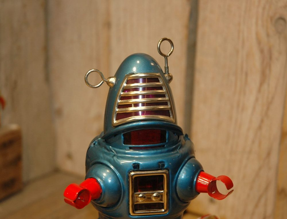 Planet Robby Robot with Original box !