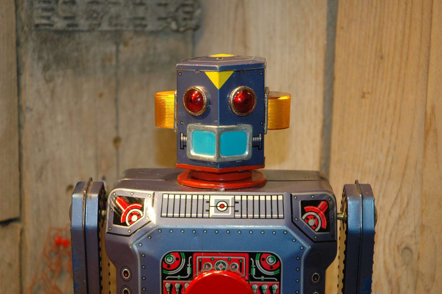 Modern Toys - Target Robot