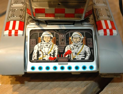 Cool astronauts in control !