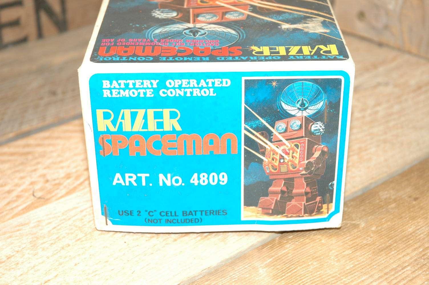 Horikawa - Razer Spaceman