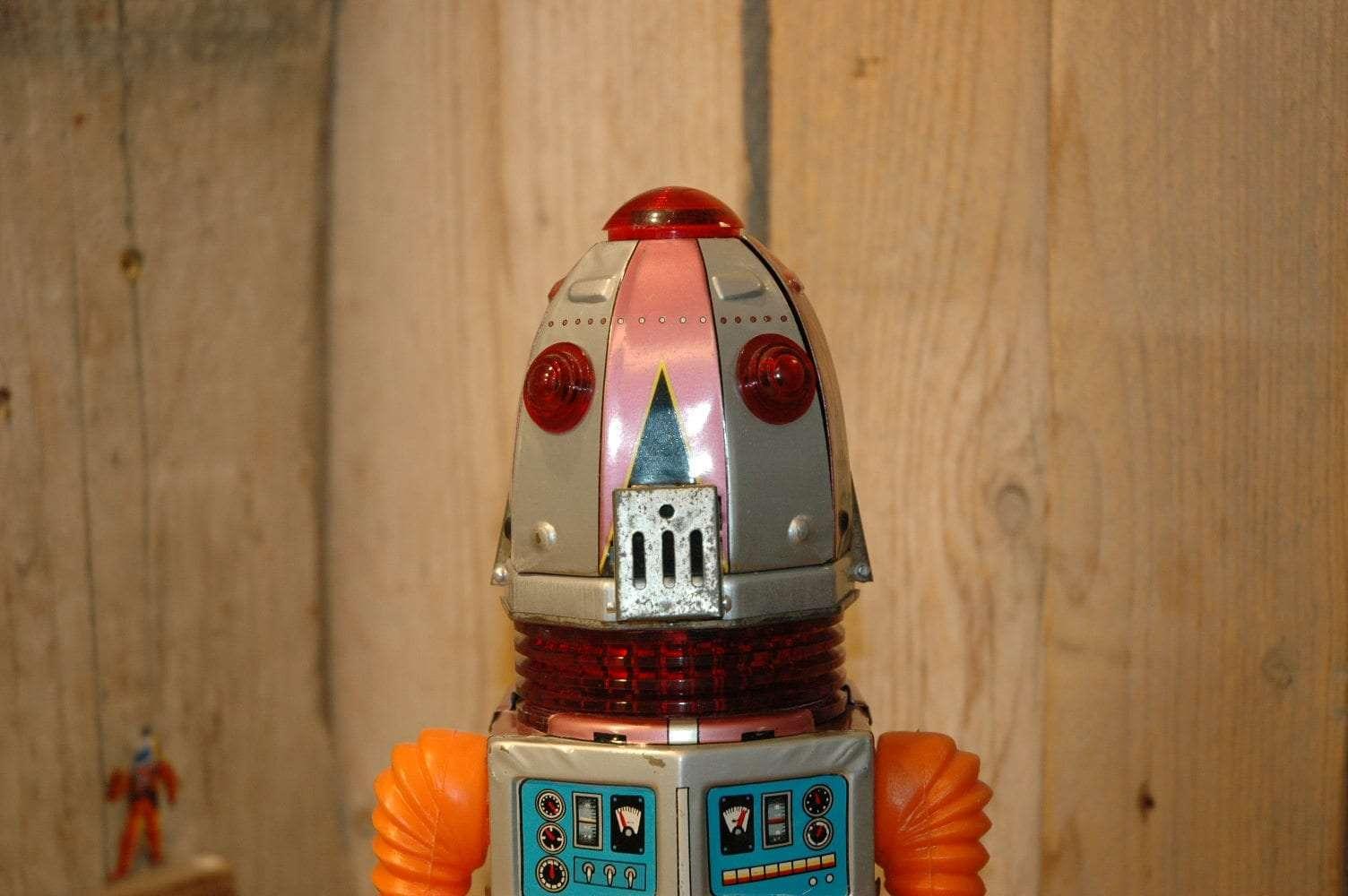 Nomura - Space Robot Tulip Head