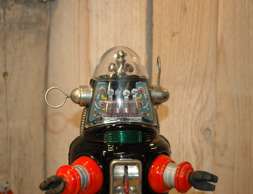 First Version Mechanized Robby !!!