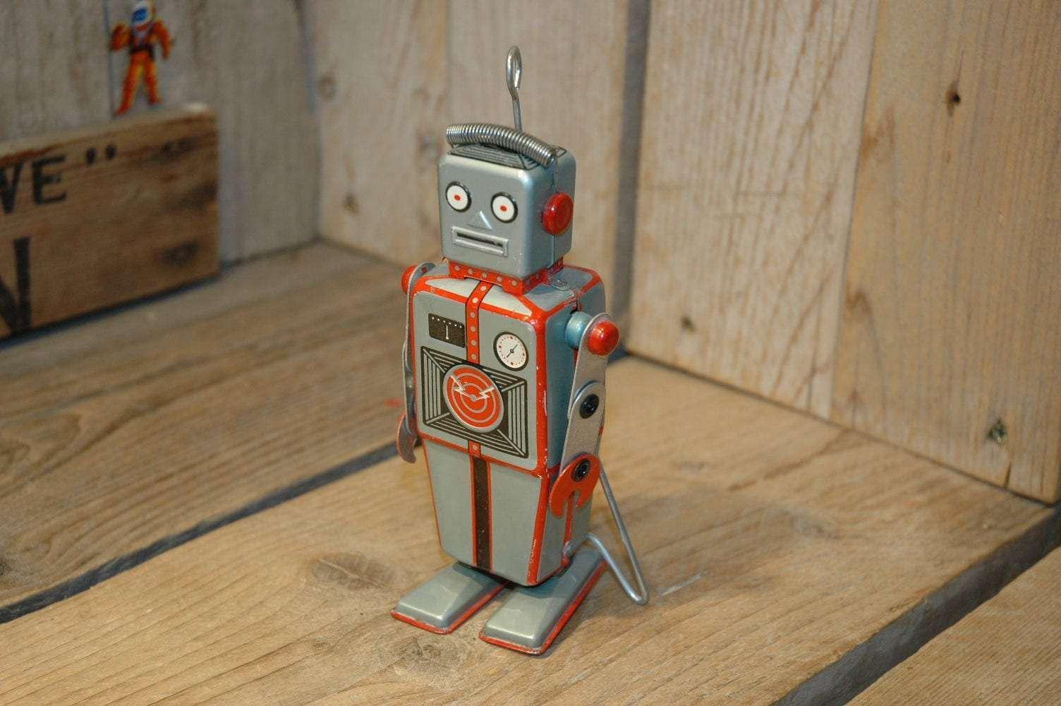 Linemar - Easelback Mechanical Robot