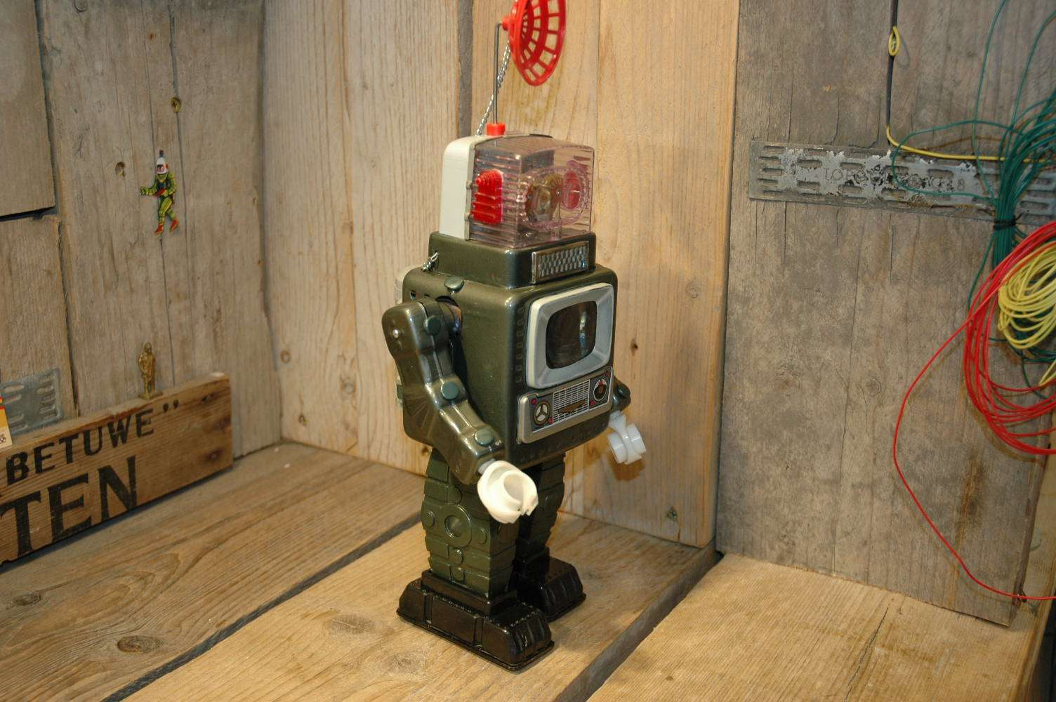 Alps-television spaceman robot