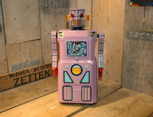 Modern Toys – Lavender Robot