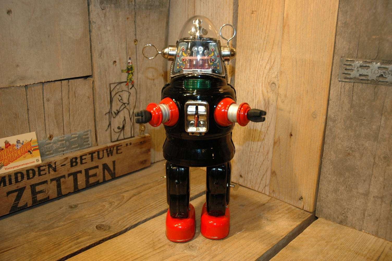 Nomura - Mechanized Robby Robot