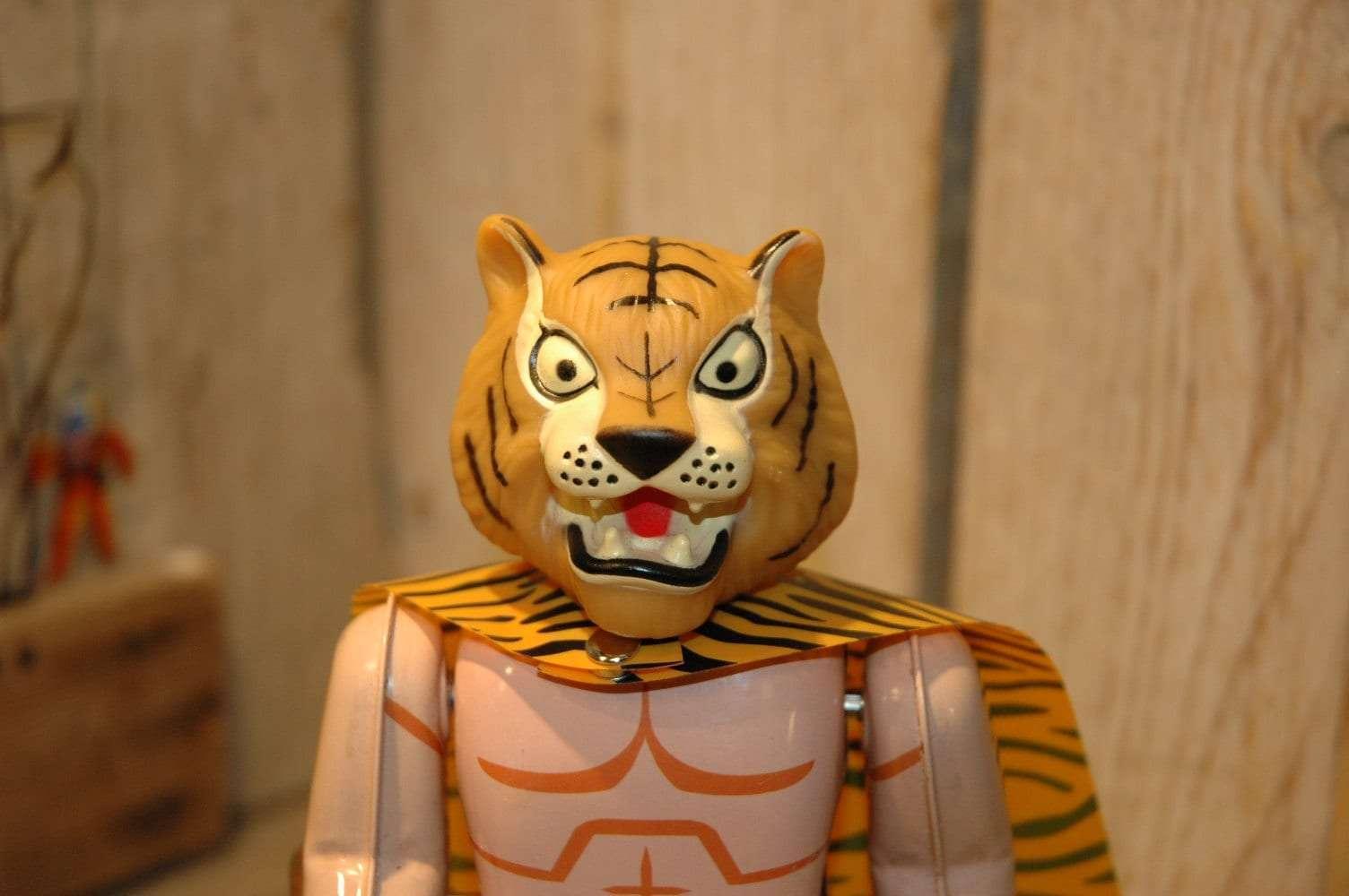 Kyarakuta Lab - TigerMask