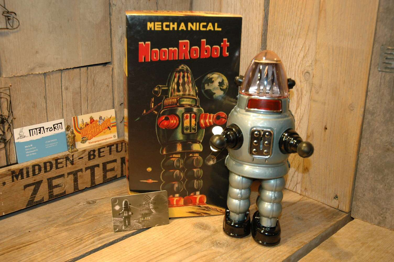 Kyarakuta Lab - Mechanical Moon Robot
