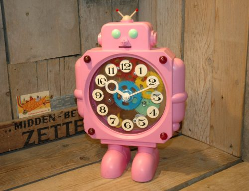Russian Robot Clock   Pink Variation