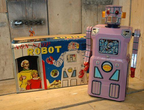 Modern Toys – NON STOP Robot aka Lavender Robot