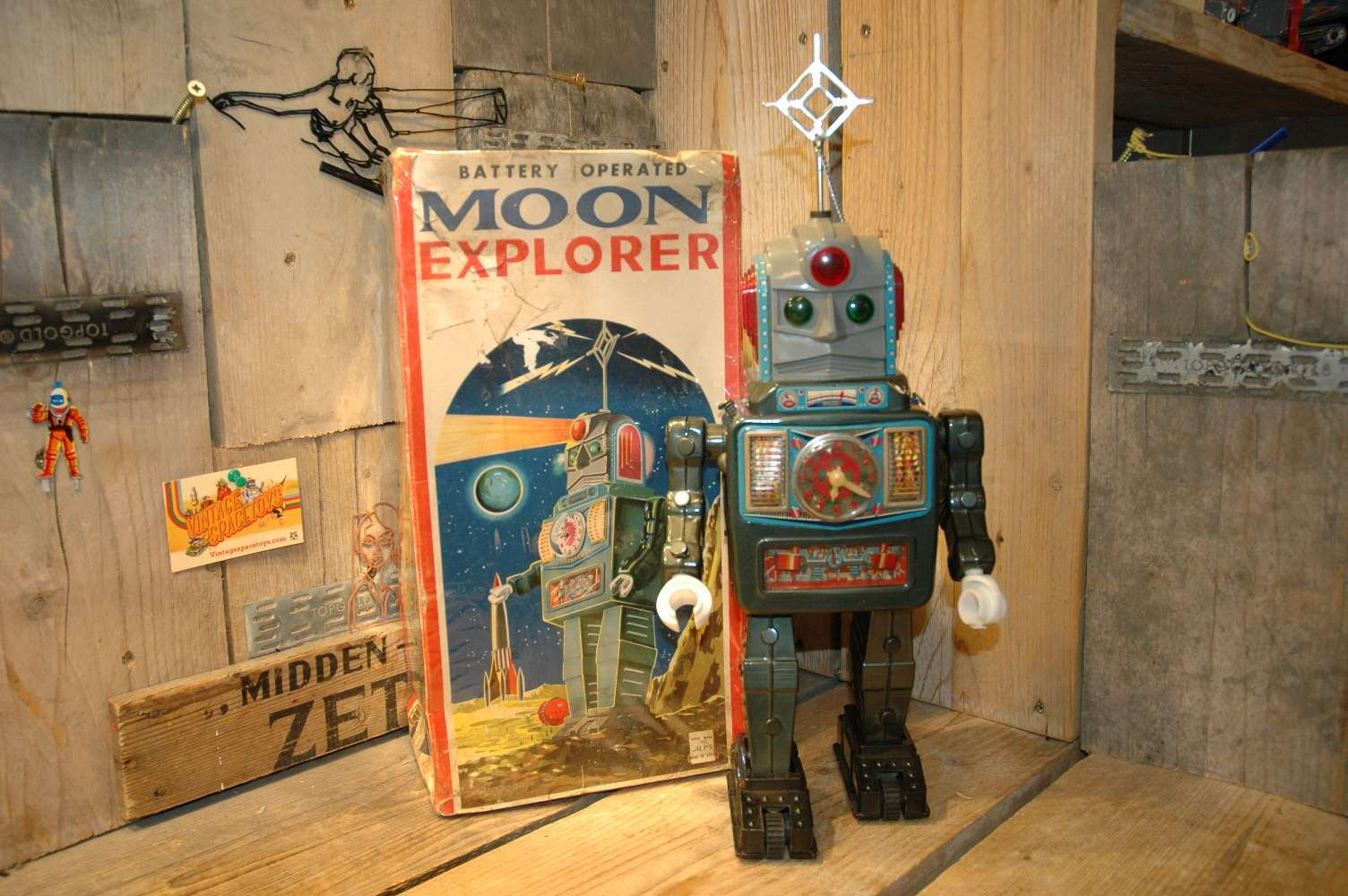 Alps - Moon Explorer