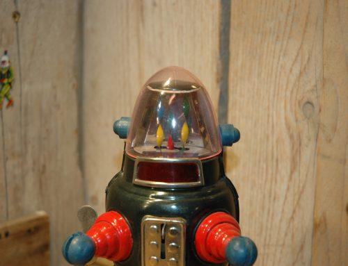 Ribbon Head Robot